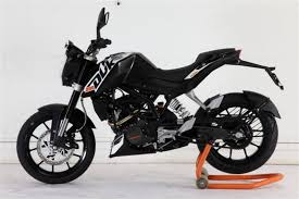2012 Duke KTM 200 side profile