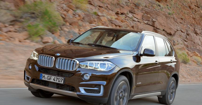 BMW X5 Expedition front