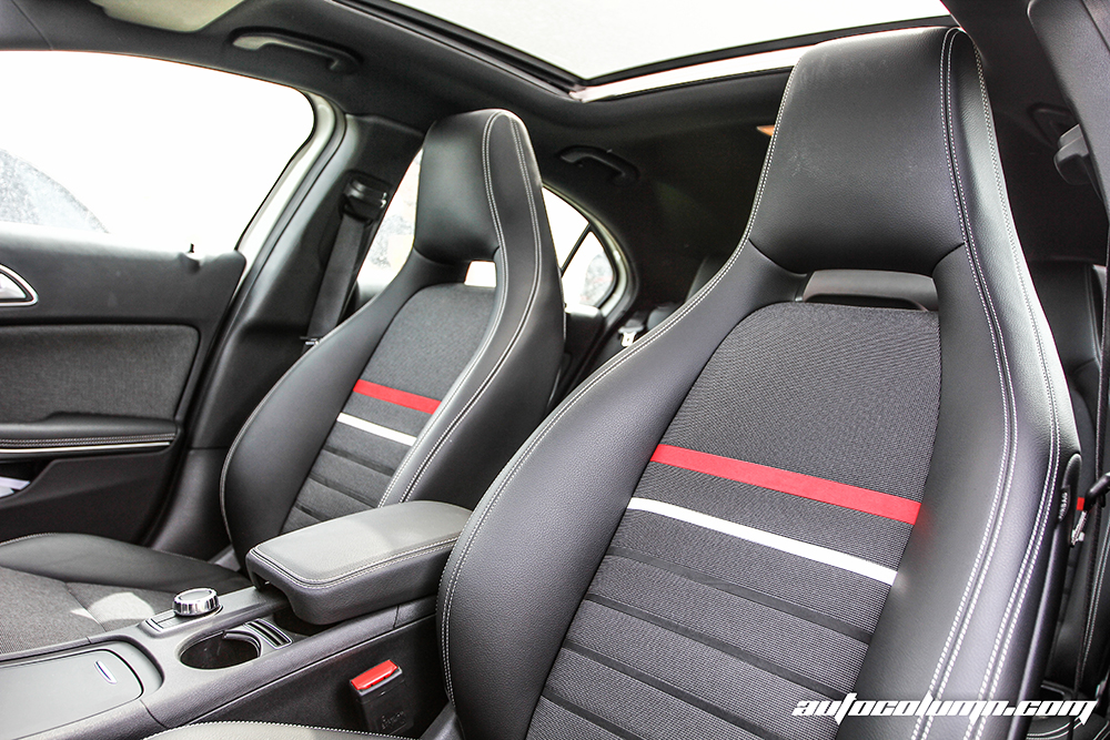 2014 Mercedes-Benz A-Class Edition 1 front seats