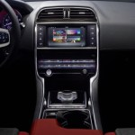 2014 Jaguar XE center console
