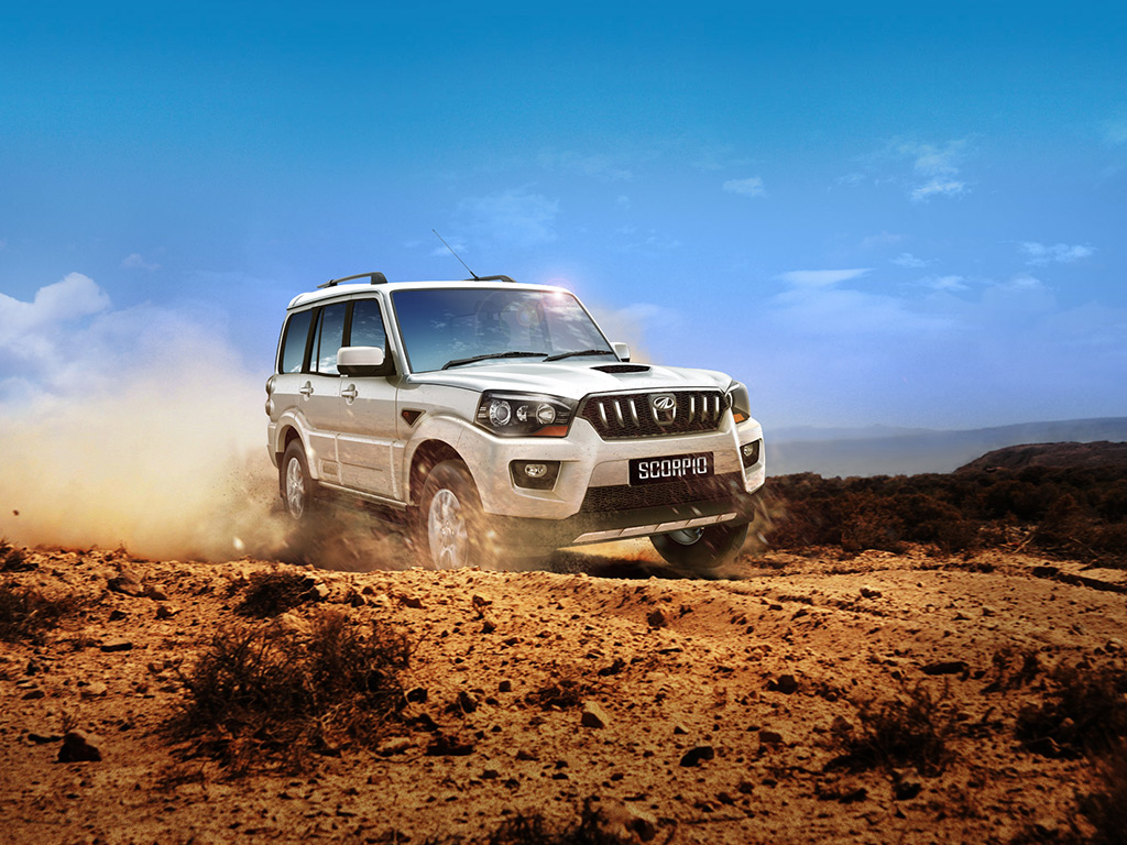 2014-mahindra-scorpio-front-three-quarter