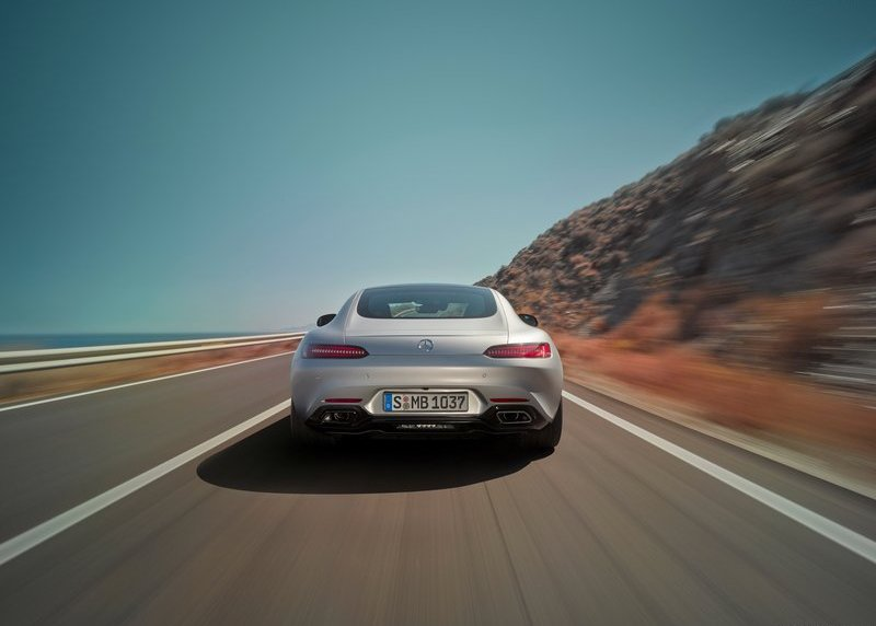 Mercedes-Benz-AMG_GT_2016_rear
