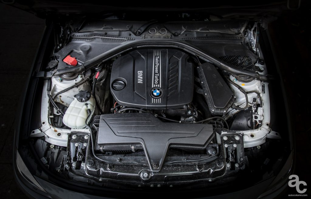 2014 BMW 3GT engine