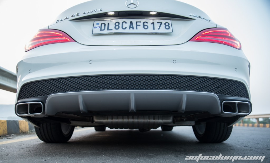 2014-Mercedes-Benz-CLA-45-AMG-ground-clerance