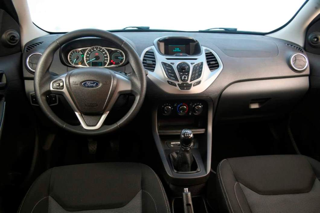 2015 Ford Figo dashboard