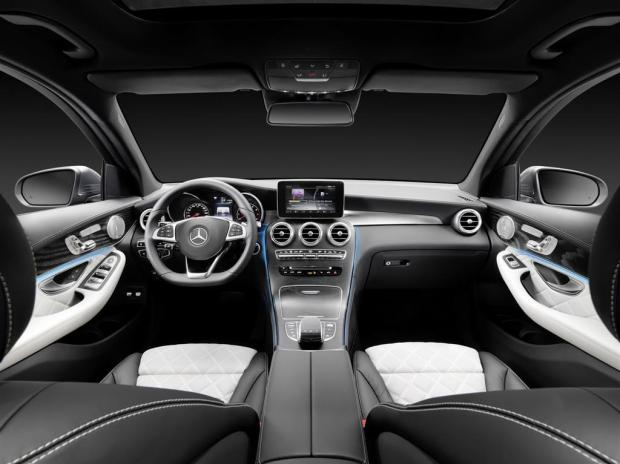 Mercedes GLC Dashboard