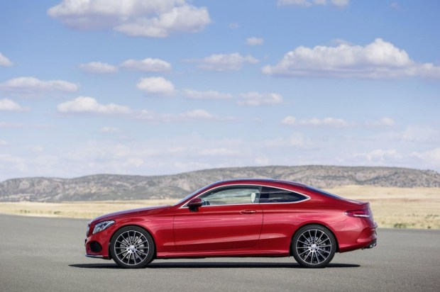 2016-Mercedes-Benz-C-Class-Coupe-debuts-3