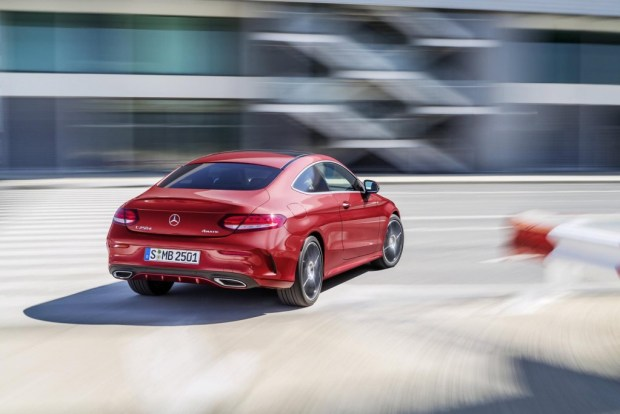 2016-Mercedes-Benz-C-Class-Coupe-debuts-8