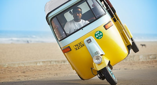 2015-Tuk-Tuk-side-wheelie