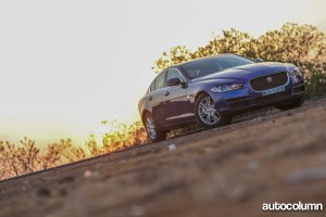 2016-Jaguar-XE-25t-India-Front-