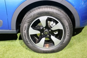 Distinct Alloy wheels.(SOURCE)