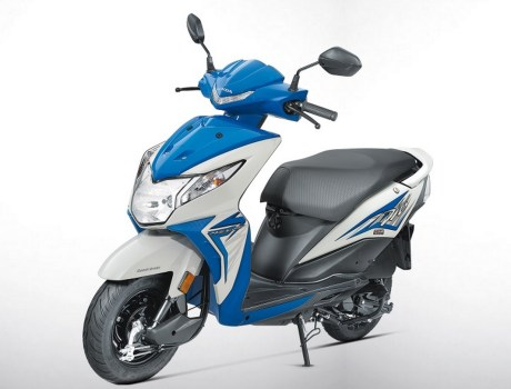 The 2017 Honda Dio Blue
