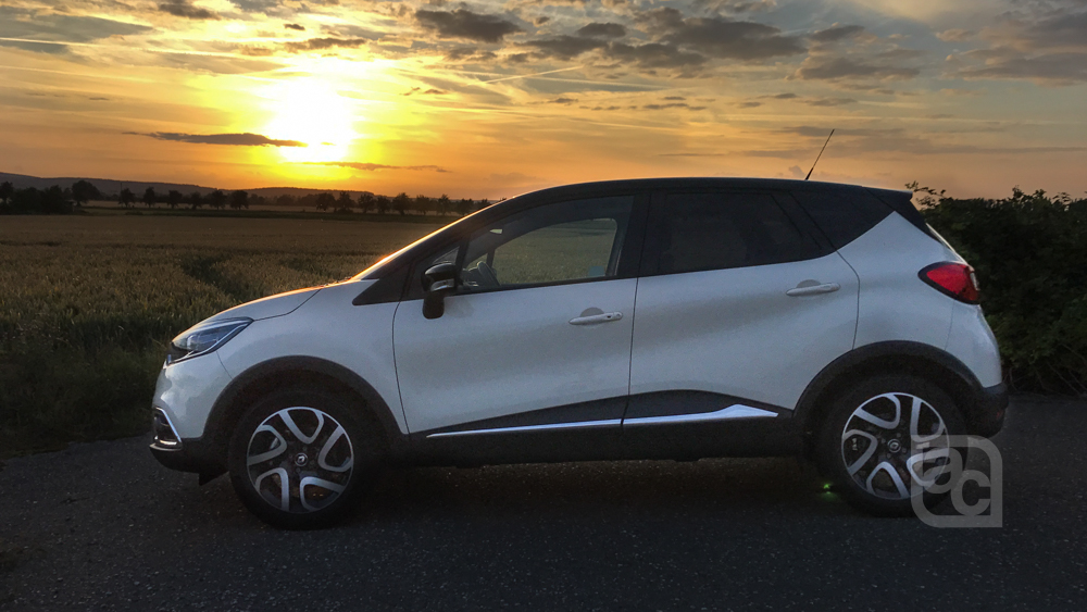 new renault captur automatic review a truly modern renault for india autocolumn. Black Bedroom Furniture Sets. Home Design Ideas