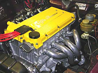 Twin Spark engine in yellow, yesterday...