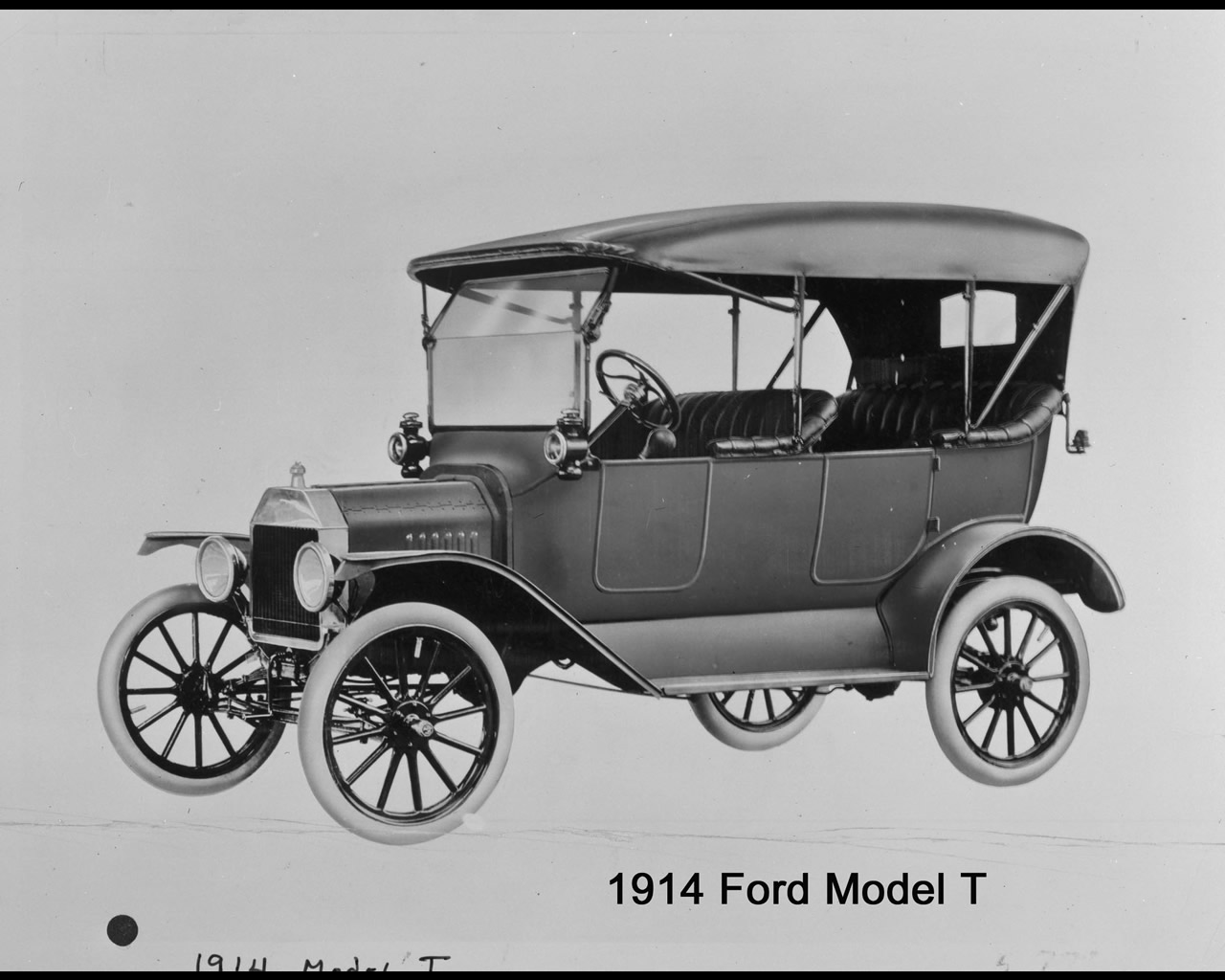 https://i1.wp.com/www.autoconcept-reviews.com/cars_reviews/ford/ford-model-t-1908-1925/wallpaper/1914%20model%20Ttouring%20copy.jpg