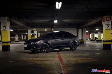 Mitsubishi Lancer 2013 preto fosco Adesivagem Líquida