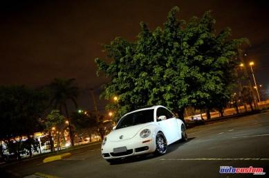 beetle-2008-branco-rebaixado-aro-20-som-automotivo