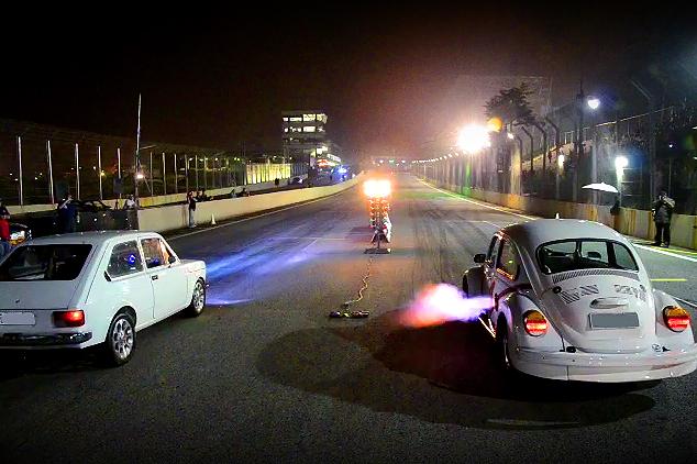 Racha 147 X Fusca - Fiat X VW - Interlagos