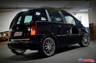 idea-2006-preto-rodas-20-lateral-traseira