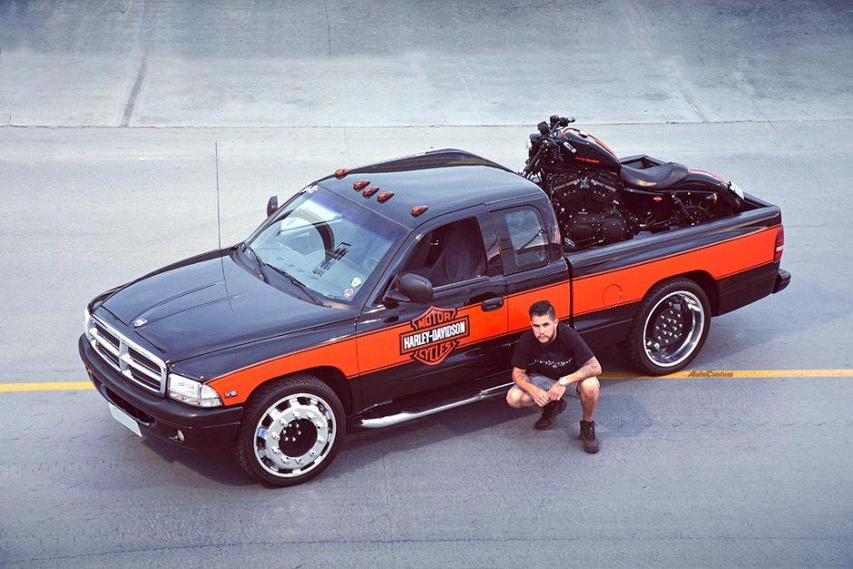 Dakota 99 Harley Davidson e rodas de caminhão - Diego Faster