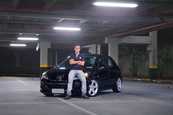Peugeot 207 XR 2010 com rodas do 3008 - Henrique Freitas
