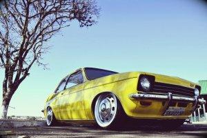 Vídeo 1º Encontro de Carros Rebaixados e Antigos de Araxá MG