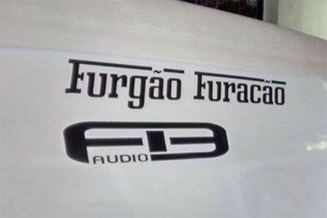 Furgão Furacão