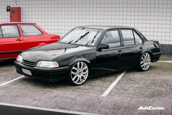 Chevrolet Monza (Tubarão)