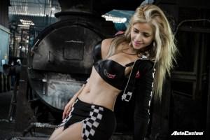 Luna Alves sensual fábrica de rodas