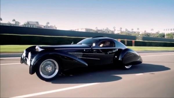 Estiloso essa réplica do Bugatti Type 57S