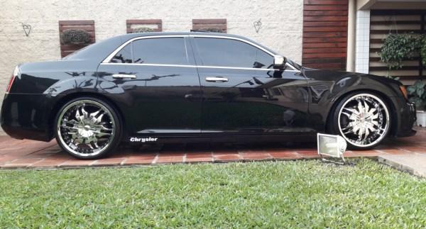 Chrysler 300 c 2012 aro 22