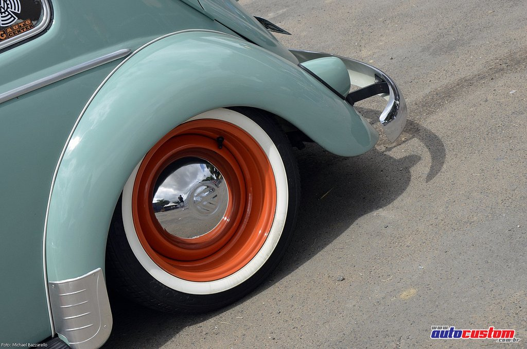 9-mega-motor-2013-burnout-wheeling-carros-som-012