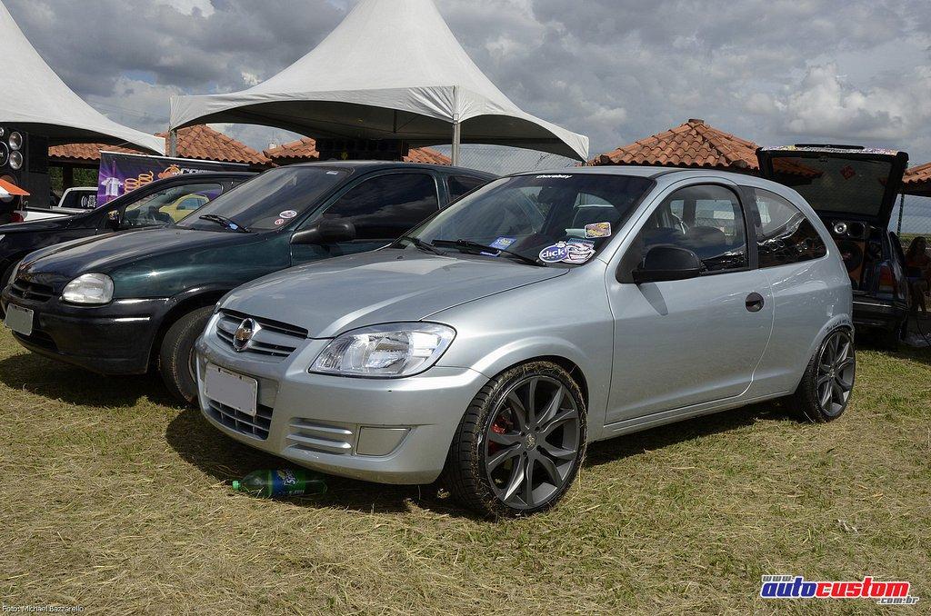 9-mega-motor-2013-burnout-wheeling-carros-som-130