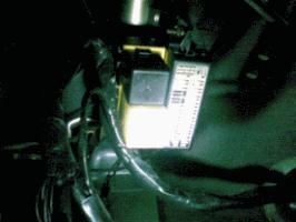 Ubicación de cajas de fusibles en el automóvil