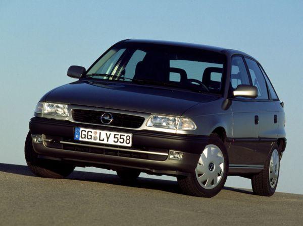 Opel Astra F 1.8i 16V (116 Hp)