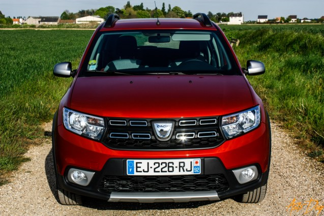 Dacia Sandero Stepway-13