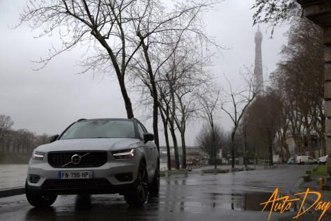 Volvo XC40 Recharge T5 R-Design - le SUV de ségment C taillé pour les beaux quartiers