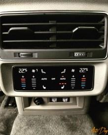 Audi Q8-28