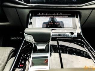 Audi Q8-30