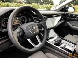 Audi Q8-44