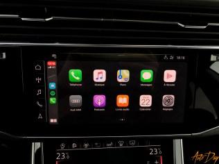 Audi Q8-45