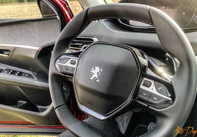 Peugeot 5008-31