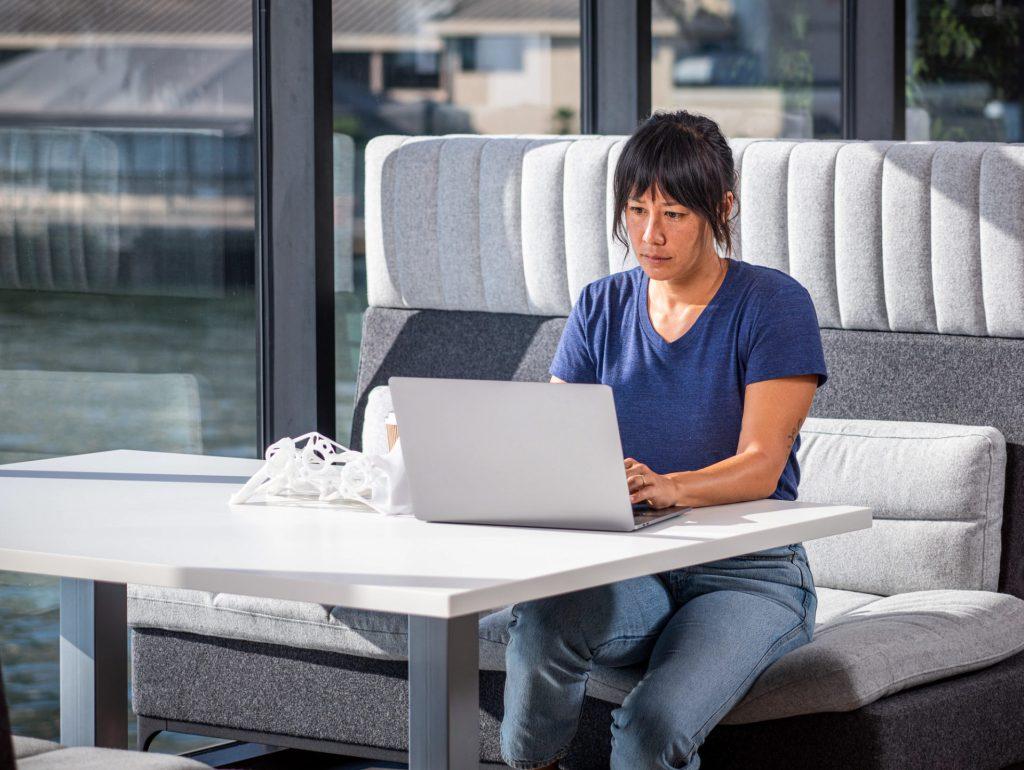 woman-at-desk-algorithmic-design