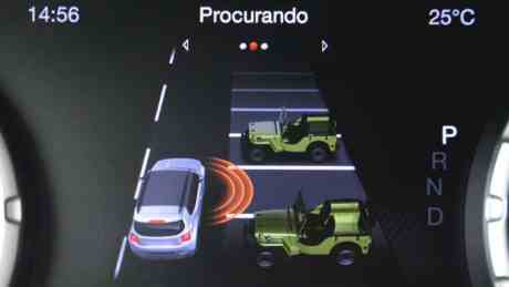 Jeep Renegade assistente de estaciobanento Bosch
