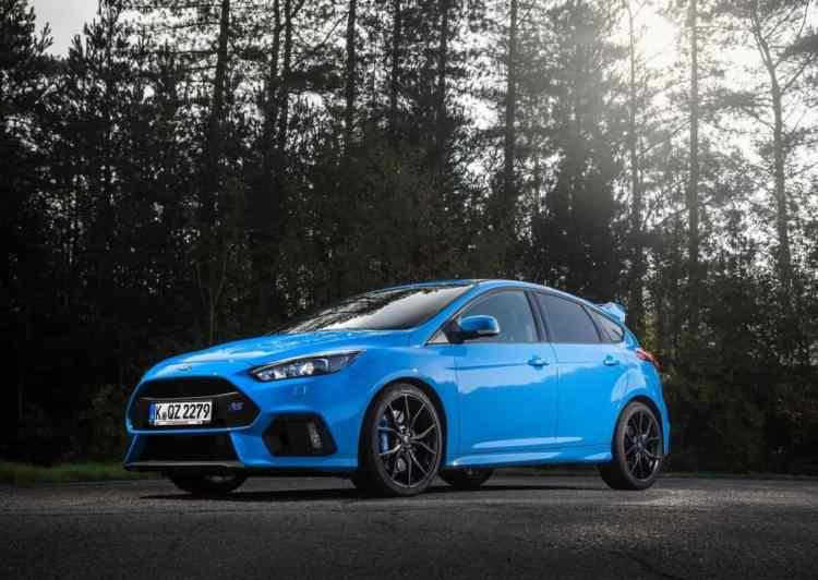Ford-Focus_RS_2016_1280x960_wallpaper_04