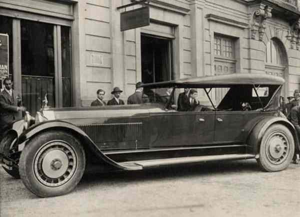 1927_Bugatti_Type-41_La_Royale_Prototype_body_by_Packard_01