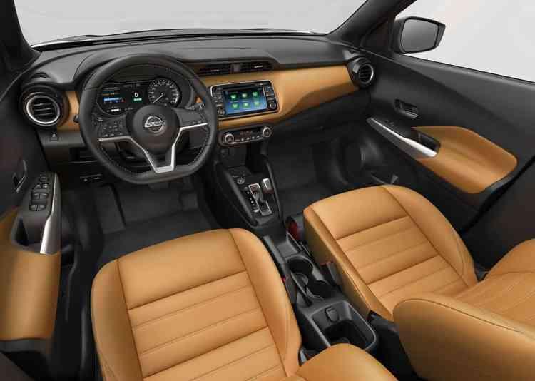 Interior é luxuoso e bem acabado na versão supostamente topo de linha (Foto Nissan)