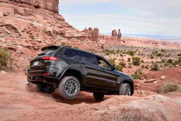 """Grand Cherokee """"75th anniversary"""" nas trilhas de Moab, durante o Test-Drive. Foto: Divulgação"""