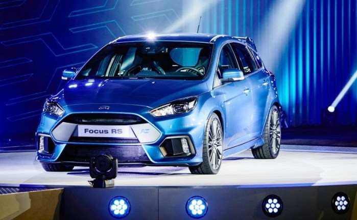 2017-ford-focus-rs-01-876x535