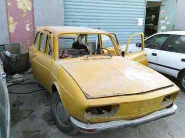 O estado do carro ao ser comprado; encarar sua restauração exigiu coragem